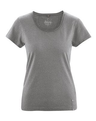t-shirt with rolling collar